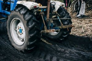 how to change a lawn tractor tire