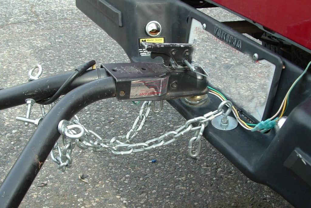 Safety chains are a must